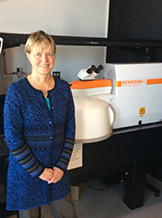 Dr Anna Swan of Boston University with her Renishaw inVia Raman microscope_180