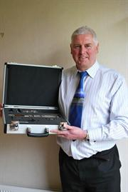 Dave Wigmore receiving his new QC20-W telescoping ballbar system