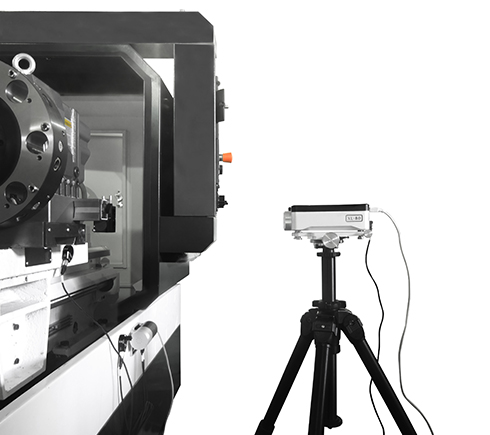 Checking accuracy of movements in machine tools with the XL-80 laser system