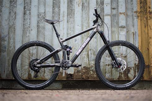 Robot Bike Co. R160 Mountain bike